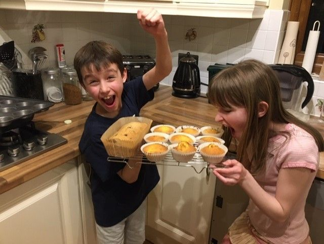 Aidan-and-Abigail-cooking