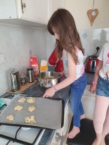 Poppy-carmen-cooking-2