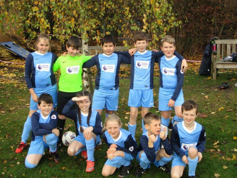 Football-Team-23-11-16JPG